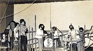 Ranjon Ghoshal - Moheener Ghoraguli in concert at Rabindra Sadan, 1979, left to right: Raja Banerjee, Pradip Chattopadhyay, Tapas Das, Pranab Sengupta, Gautam Chattopadhyay and Ranjon Ghoshal.