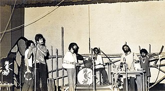 Ranjon Ghoshal - Moheener Ghoraguli in concert at Rabindra Sadan, 1979, left to right: Raja Banerjee, Pradip Chattopadhyay, Tapas Das, Pranab Sengupta, Gautam Chattopadhyay and Ranjon Ghoshal.