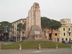 MonumentoAiCadutiCaprinoVeronese.jpg