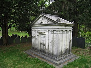 Samuel Appleton (merchant) - Samuel Appleton tomb in Mount Auburn Cemetery