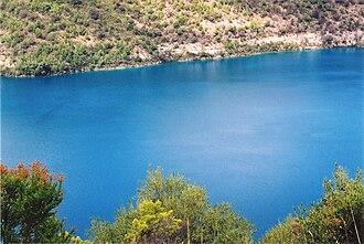 Blue Lake (South Australia) - Image: Mount Gambier Blue Lake B