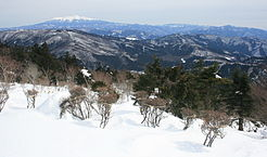 Mount Ontake from Mount Kurai 2011-02-20.jpg