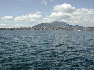 Mount Tauhara - Image: Mount Tauhara from Lake Taupo
