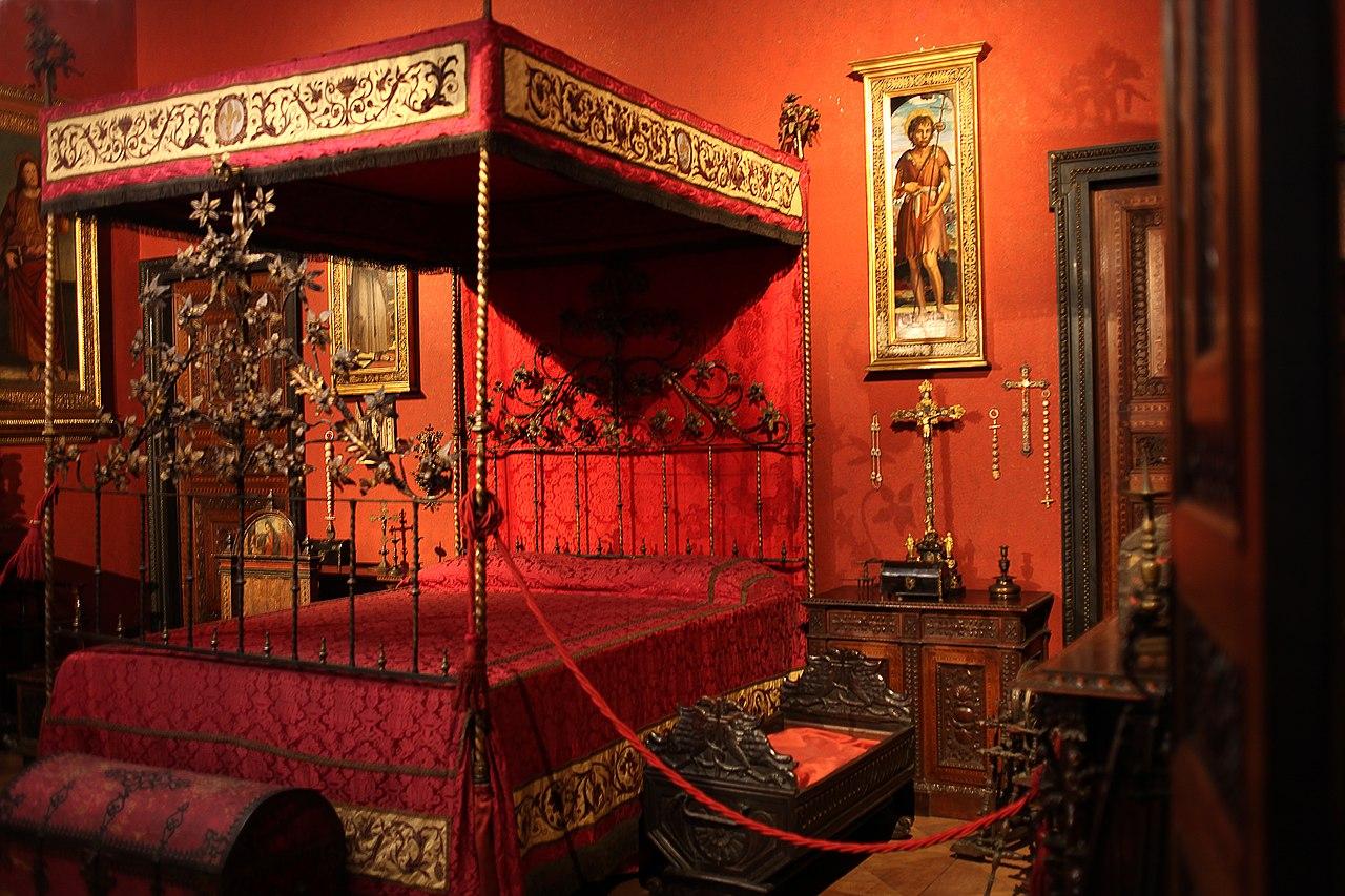 Красная комната музей Багатти Вальсекки Милан