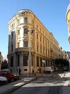 Edificio del banco de espa a reus wikipedia la for Pisos de bancos en reus