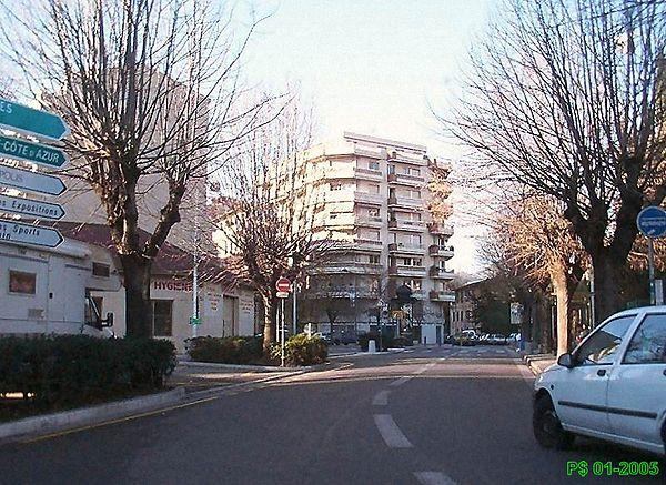 NIKAIA-blanqui004D.jpg