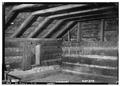 NORTH EAST CORNER OF HALF STORY - Adam Weaver Log House, U.S. Highway 72, Rogersville, Lauderdale County, AL HABS ALA,39-ROG.V,1-11.tif