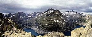Lac de Cap-de-Long - Image: Neouvielle Lac de Cap de Long from Pas du Chat panorama