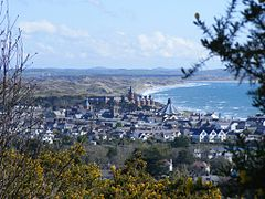 Newcastle from Donard Forest - July 2015.jpg