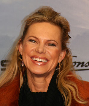 """Nina Ruge - Ruge at the premiere of the film """"Asterix bei den Olympischen Spielen"""" in Munich (15. January 2008)"""