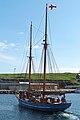 Norðlýsið arriving in Nólsoy.jpg