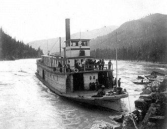 North Star (sternwheeler 1897) - Image: North Star (sternwheeler) on Columbia River ca 1902