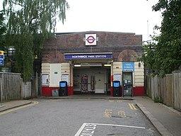 Northwick Park stn main entrance