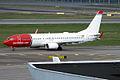 Norwegian, LN-NGR, Boeing 737-8JP (16456629845).jpg