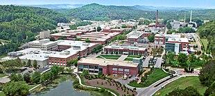 Letecký pohled na Oak Ridge National Laboratory.jpg