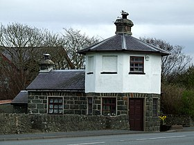 Old Tollhouse - geograph.org.uk - 152472.jpg