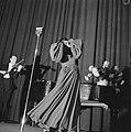 Optreden Lucienne Boyer in City Theater, Bestanddeelnr 901-1657.jpg