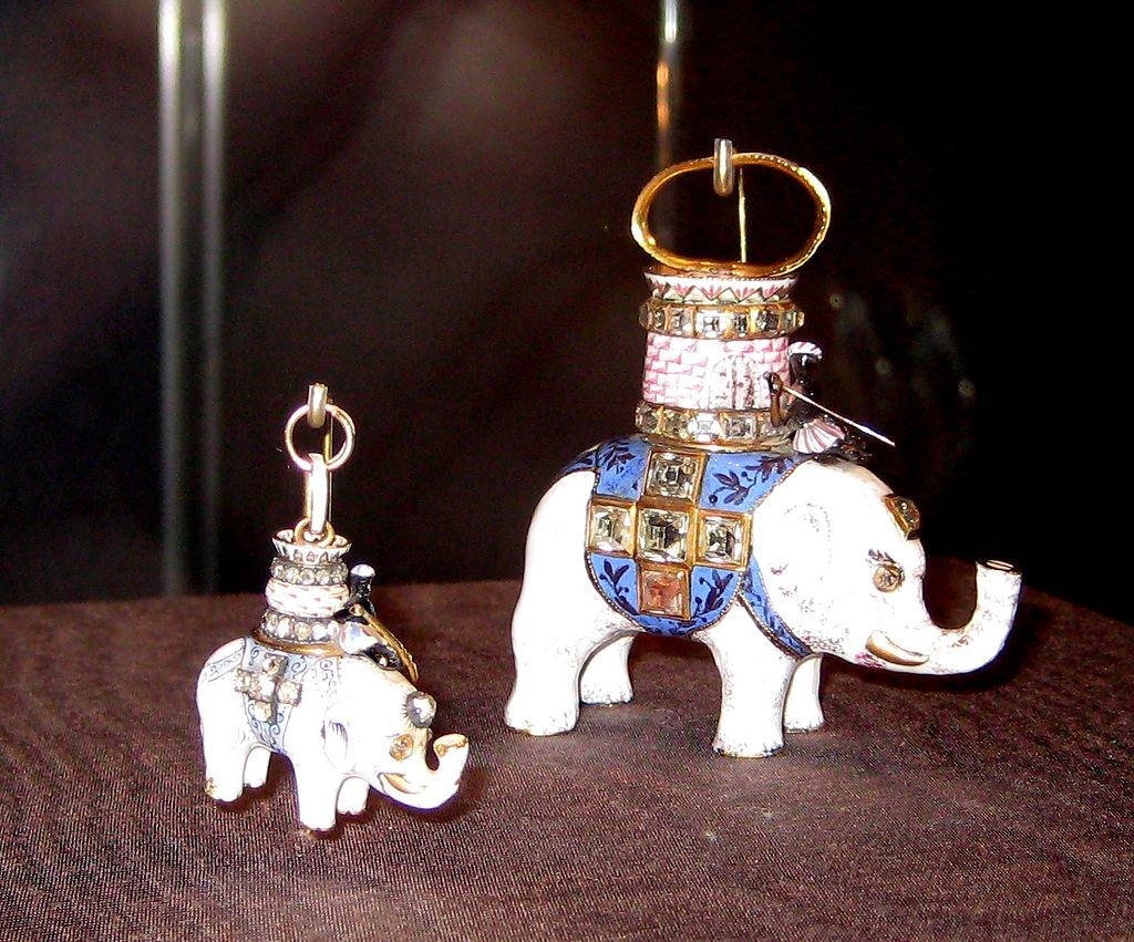 Orders of the Elephant (Russia).jpg