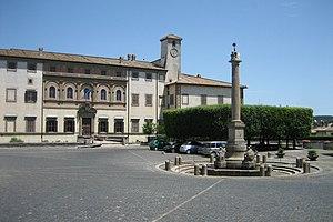 Oriolo Romano - Image: Oriolo Romano Piazza Umberto I 1
