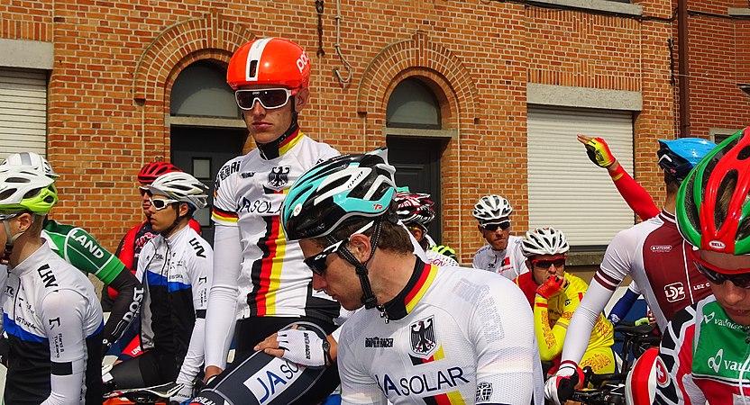 Oudenaarde - Ronde van Vlaanderen Beloften, 11 april 2015 (C23).JPG