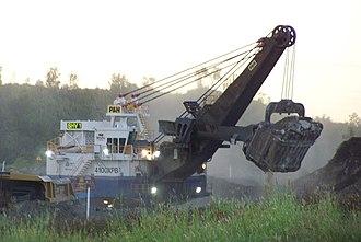 Power shovel - P&H 4100 XPB cable loading shovel.