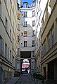P1250181 Paris XI cour des Fabriques rwk.jpg