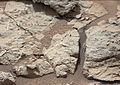 PIA16705 fig1-MarsCuriosityRover-SheepbedOutcrop-20121213.jpg