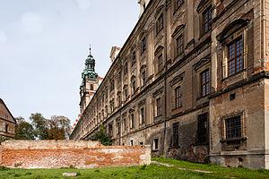 Lubiąż Abbey - Image: PL DS, pow. wołowski, gm. Wołów, Lubiąż, pl. Klasztorny; Zespół opactwa cystersów; A 2755 616 W; 01