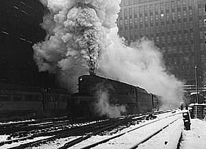 Pennsylvania Railroad class T1 - A T1 prototype leaves Chicago's Union Station in February 1943 with the Manhattan Limited to New York.
