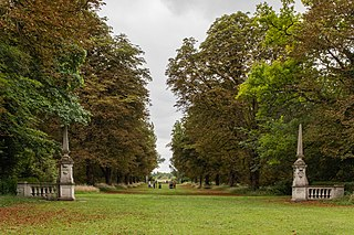 Pair Of Obelisks And Attached Balustrade, At Coronation Avenue, At Anglesey Abbey