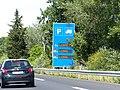 Panneau parkings camions autoroute A9.jpg