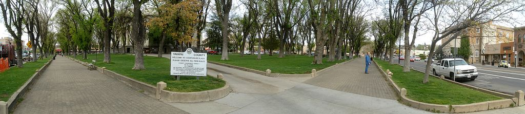 Panorama of the Courthouse Square in downtown Prescott, Arizona