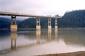 Yukon River - The E. L. Patton Yukon River Bridge carries the Dalton Highway over the Yukon north of Fairbanks.