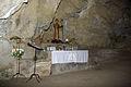 Peñalba de Santiago 02 cueva San Genadio by-dpc.jpg