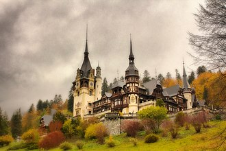 Peleș Castle - Peleș Castle in autumn