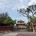 People by entrance gate to Chihkan Tower.jpg