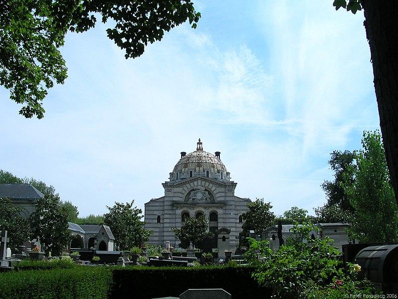 Datei:Pere Lachaise Crematorium.jpg