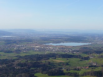 Wetzikon - Wetzikon as seen from Bachtel Tower. Pfäffikersee in the middle, Greifensee to the left.