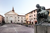 Piazza Sant'Agostino Miele.jpg