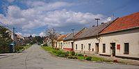 Pohled do obce, Alojzov, okres Prostějov.jpg