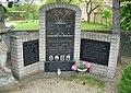 Pomník padlým v Dušníkách (Q78788462) 02.jpg