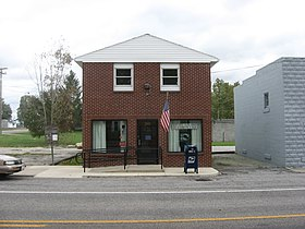 Post office in New Bloomington.jpg
