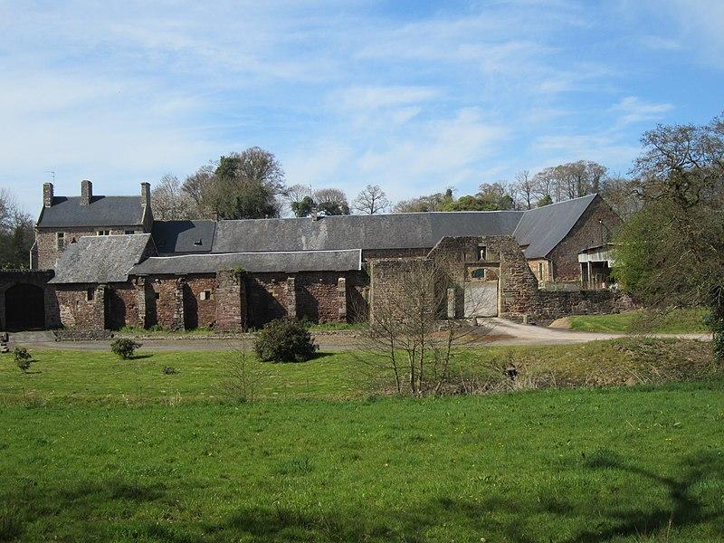 Prieuré de l'Oiselière, Saint-Planchers Ancien prieuré de l'abbaye du Mont-Saint-Michel.