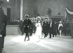 Edward, Prince of Wales, arrives to open Union Station in Toronto, 1927.