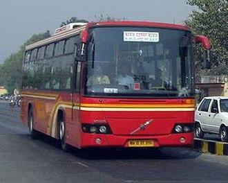 Bus rapid transit in India - Image: Pune BRTS