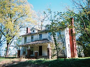 Purdy, Tennessee - The Hurst mansion dates back to the Civil War era. It is one of the oldest dwellings in the community. In 2007, the building is abandoned.