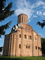 Pyatnytska Church, april 2015.jpg