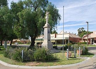 Quambatook - Image: Quambatook War Memorial 002
