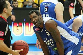 Qyntel Woods American basketball player