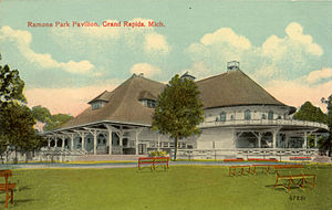 Ramona Park - Image: Ramona Park Pavilion, Grand Rapids, MI. Postcard 040 041